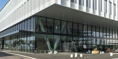 Firmengebaeude der Firma Skan im Bachgraben in Allschwil. Die Firma ist im Brereich Isolatorenbau, Reinraumausstattung und Dekontaminationsprozesse für die pharmazeutische Industrie tätig. Ende Monat will sie an die Börse. (Archivbild)