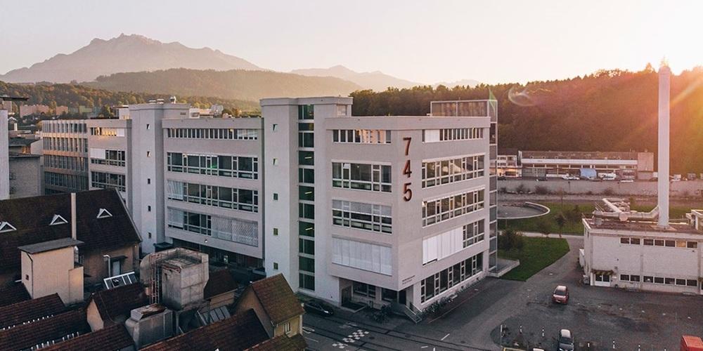 Der Campus 745 Viscosistadt der Hochschule Luzern, wo Design, Film und Kunst studiert werden