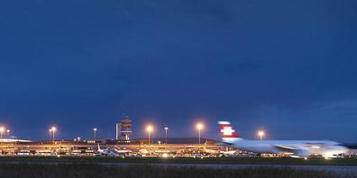Am 1. August landen die Flugzeuge am Flughafen Zürich ausnahmsweise von Norden her. (Archivbild)