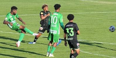 Von der in Grün spielenden Austria Lustenau ging in der ersten Halbzeit viel Gefahr aus