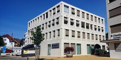 Clientis Bank Oberuzwil - Hauptsitz an der Wiesentalstrasse 7 in Oberuzwil.
