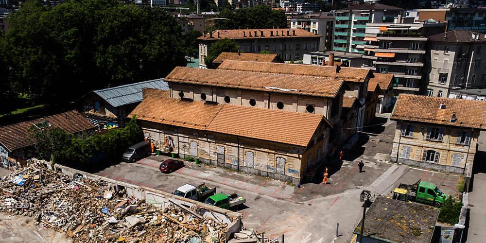 Ein Teil des Autonomen Zentrums Molino (CSOA) wurde in der Nacht auf den 30. Mai in Trümmer gelegt.