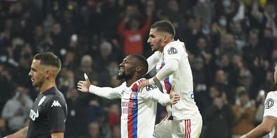Karl Toko Ekambi belohnt Lyon eine Viertelstunde vor Schluss mit dem 1:0