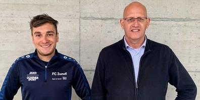 Valerio Siara (links) und sein Nachfolger als Trainer der zweiten Mannschaft des FC Zuzwil, Marcel Thoma.
