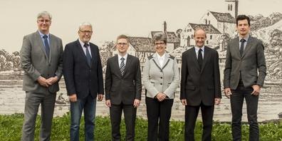 Der Gemeinderat Weesen (v.l.n.r.): Marcel Benz, Alois Bamert, Andreas Bühler, Rita Leuenberger, Bruno Huber, Ignaz Gmür (Gemeinderatsschreiber).