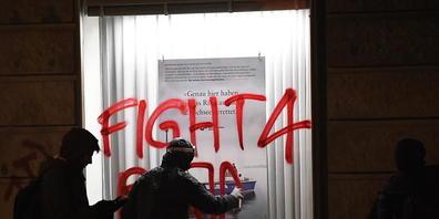 Szene der Anti-WEF-Demo in Zürich im Januar 2020: Kundgebungen von gewaltbereiten Gruppierungen sollen gemäss der Stadtzürcher SVP gar nicht erst bewilligt werden. (Archivbild)