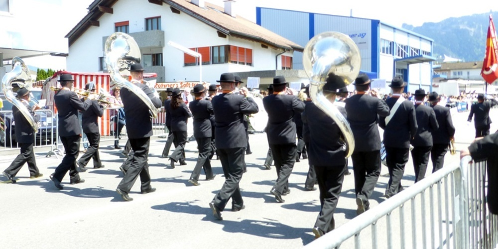 Proben der MG Harmonie Ebnat-Kappel seit dem 27. April 2021 in zwei Gruppen.