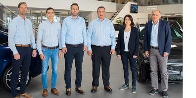 V.l. Ivo Kozel (Leiter Occasionen), Michael Näf (Spartenleiter VW) , Bruno Weber (Spartenleiter Mercedes-Benz), Sandro Studerus (Spartenleiter FCA), Chantal Eder (Geschäftsleiterin) und Peter Altherr.