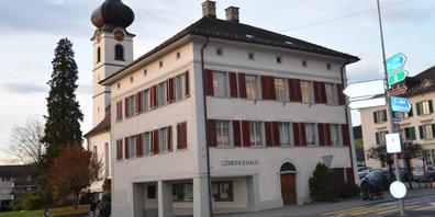 Da der Kantonspolizei Kapazitäten für regelmässige Kontrollen fehlen, hat sich der Gemeinderat zu einer Reorganisation entschlossen.