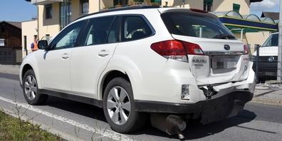 Dieses Auto erlitt am Montag bei einer Auffahrkollision in St.Gallenkappel einen Totalschaden.