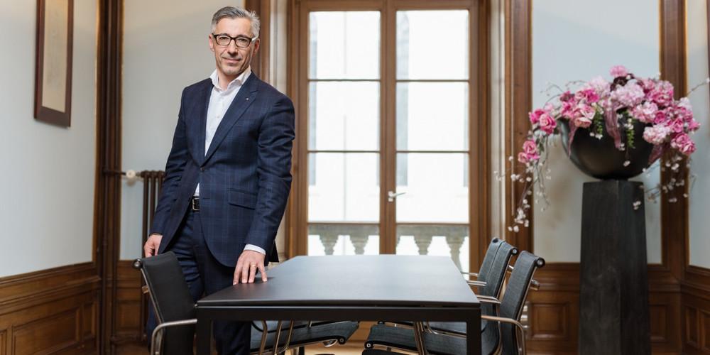 IHK-Direktor Markus Bänziger sieht im dreifachen Ja vom 13. Juni 2021 ein wichtiges Bekenntnis zum überfälligen Spital-Strukturwandel.