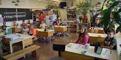 Ausschnitte der Siegerklasse vom Klassepreis aus dem Klassenzimmer von Esther Mösle.