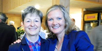Zwei Gemeindepräsidentinnen des Linthgebiets: Daniela Brunner, Kaltbrunn (links) und Heidi Romer, Benken.
