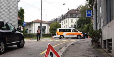 Am Mittwoch zur Mittagszeit stand in St.Gallen ein Grossaufgebot der Polizei im Einsatz. (Bild: Keystone)