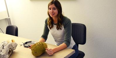 Die Durian ist bekannt für ihren fürchterlichen Geruch. Seinen Geschmack finden viele aber himmlisch. Zu welcher Gruppe gehört Online-Redaktorin Anouk?