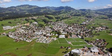 Eschenbach aus der Vogelperspektive.