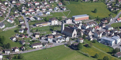 Luftbild des Benkner Ortskerns.