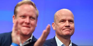 dpatopbilder - Ralph Brinkhaus (r), Vorsitzender der deutschen CDU/CSU-Bundestagsfraktion, und Tilman Kuban, Vorsitzender der Jungen Union (JU). Foto: Bernd Thissen/dpa