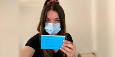 Online-Redaktorin Linda Barberi machte einen Antigen-Schnelltest aus dem Internet. Fazit: Schnell und unkompliziert.