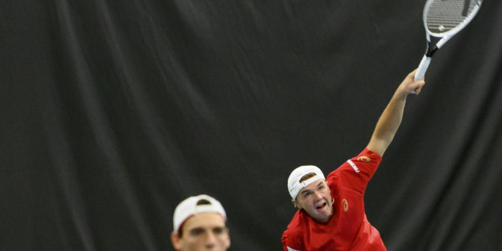 Den Sack bereits im Doppel zu gemacht: die Schweizer Marc-Andrea Hüsler (li.) und Dominic Stricker