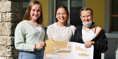 Mira Spadin, Maeva Brütsch und Svea Dürr haben für einen Vortrag bei der Drucki Schiers hinter die Kulissen geblickt.