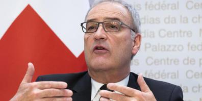 Bundespräsident und Wirtschaftsminister Guy Parmelin ruft im Rahmen einer Kampagne Unternehmen auf, sich auf mögliche Strom-Mangellagen vorzubereiten. (Archivbild)