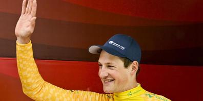 Stefan Küng hatte gut lachen: Er gewinnt das Auftaktzeitfahren und trägt am Montag das gelbe Leadertrikot