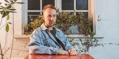 Frieder Torp veröffentlicht am 23. April sein Debütalbum «Time Flies»