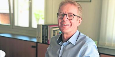 Hubert Helbling, Leiter des Amts für Arbeit, vernimmt happige Vorwürfe auf den sozialen Medien gegenüber Beamten.  (Bild: Anja Schelbert)