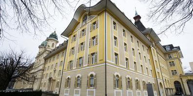 Das Urteil gegen den Ausserschwyzer wurde im Strafgericht ohne seine Anwesenheit gefällt.