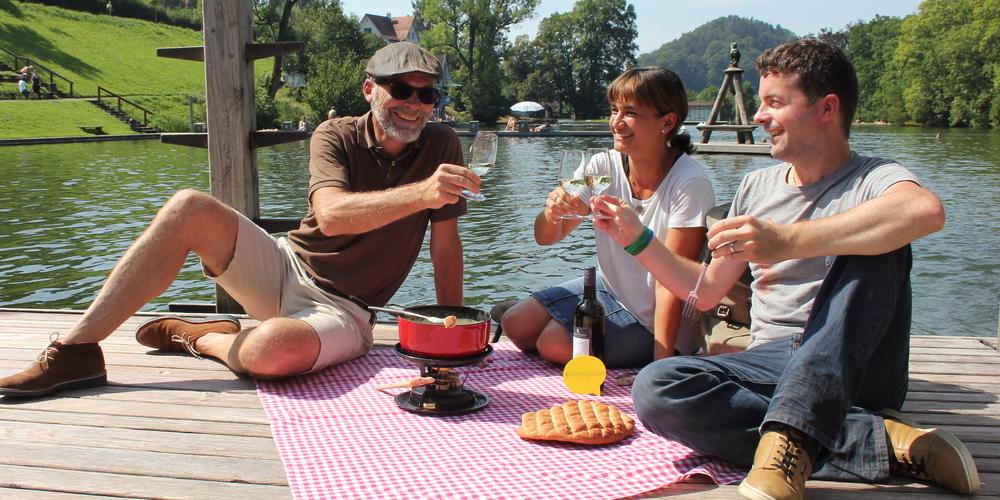 Fondue essen geht jetzt auch im Freien. (Bild: St.Gallen-Bodensee Tourismus)
