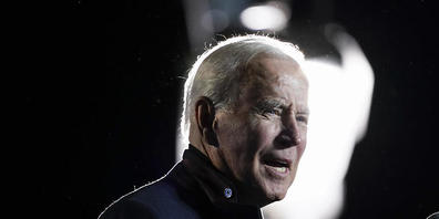 Joe Biden spricht bei einer Kundgebung für den demokratischen Gouverneurskandidaten. Foto: Alex Brandon/AP/dpa