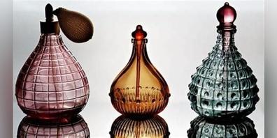 Der Weltdufttag wurde 2004 durch Matti Niebelschütz, Geschäftsführer eines Parfümunternehmens, eingeführt.