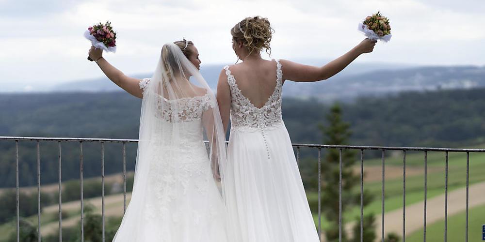 """Am 26. September wird über die Vorlage """"Ehe für alle"""" abgestimmt. (Symbolbild)"""
