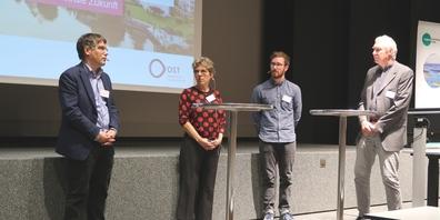 Diskutierten an der OST: (v.l.n.r.) Roger Nordmann, Susanne Kytzia, Stefan Wyss und Dominik Siegrist.