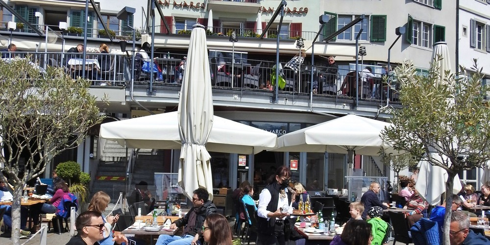 Das San Marco an der Rapperswiler Seepromenade bietet feinste italienische Küche an.