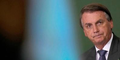 Brasiliens Präsident Jair Bolsonaro nimmt an einer Veranstaltung teil. Ein parlamentarischer Untersuchungsausschuss hat Bolsonaro teils schwere Straftaten zugeschrieben und eine Anklage empfohlen. Foto: Eraldo Peres/AP/dpa