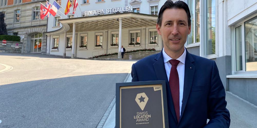 Michael Vogt mit dem Swiss Location Award 2021.