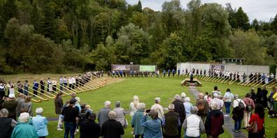 Über 90 Alphörner machten den Gesamtcho auch  am  zweiten Hubertus Alphorntreffen zu einem eindrücklichen Gesamterlebnis.