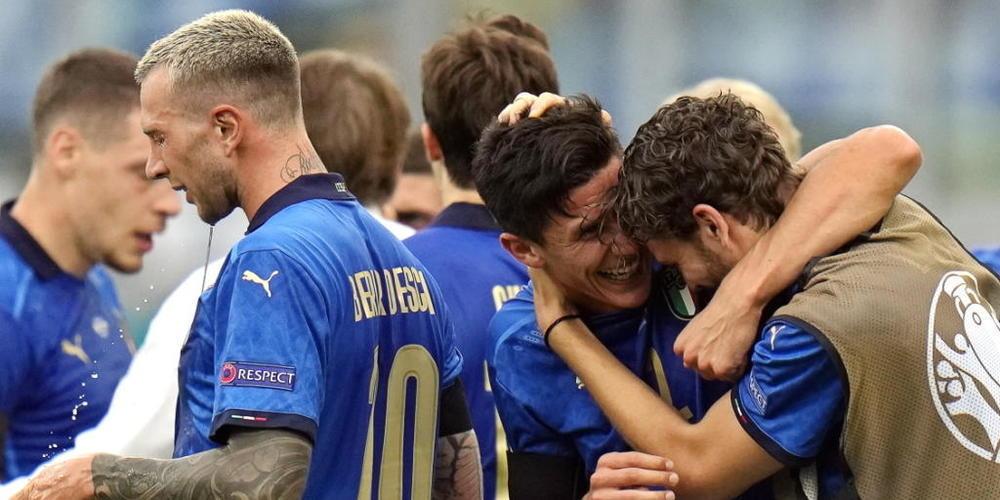 Matteo Pessina (links) ist für die Squadra Azzurra für gewöhnlich Ergänzungsspieler. Gegen Wales glänzte der 24-Jährige als Matchwinner