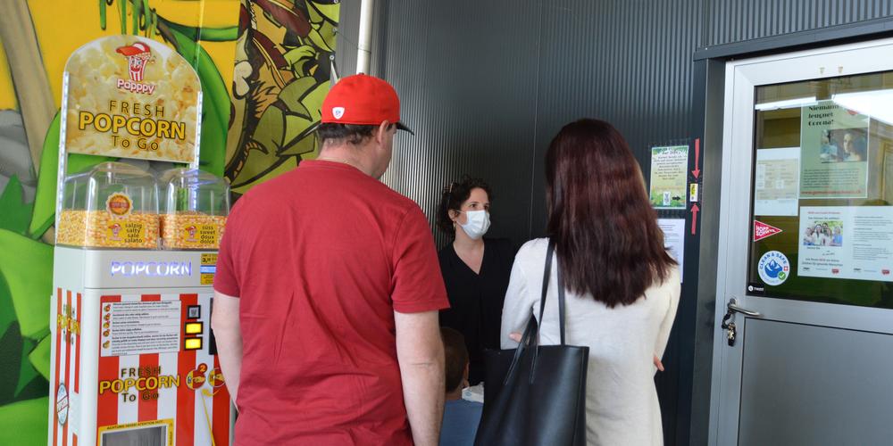 Das Schutzkonzept für den Eintritt zum Springding sieht unter anderem Fiebermessen am Eingang vor.