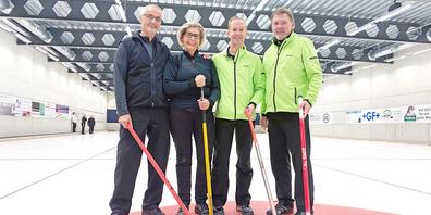 So sehen Sieger aus: Fredi Hösli, Andrea Sulzberger, Julian Schneckenburger (Skip) und Harry Buri (v.l.).