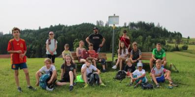 Eine kleine Pause bei der Wanderung auf den St.Anton