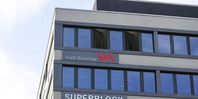 In der Stadt Winterthur sollen die Sozialhilfekosten dauerhaft gesenkt werden, indem mehr Sozialarbeitende eingestellt werden. (Symbolbild)