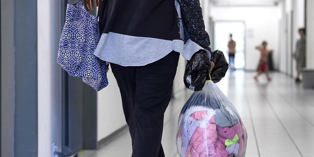 Abgewiesene Asylsuchende sollen zu einem Covid-Test gezwungen werden können, wenn dieser für die Ausschaffung verlangt wird. (Symbolbild)