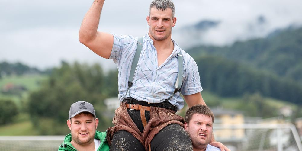 Ein glücklicher Sieger in Kaltbrunn: Samuel Giger