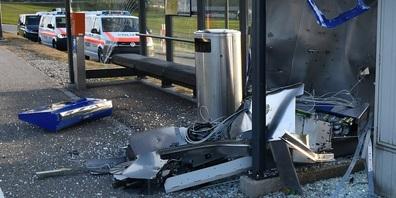Gesprengter Ticketautomat Lütisburg