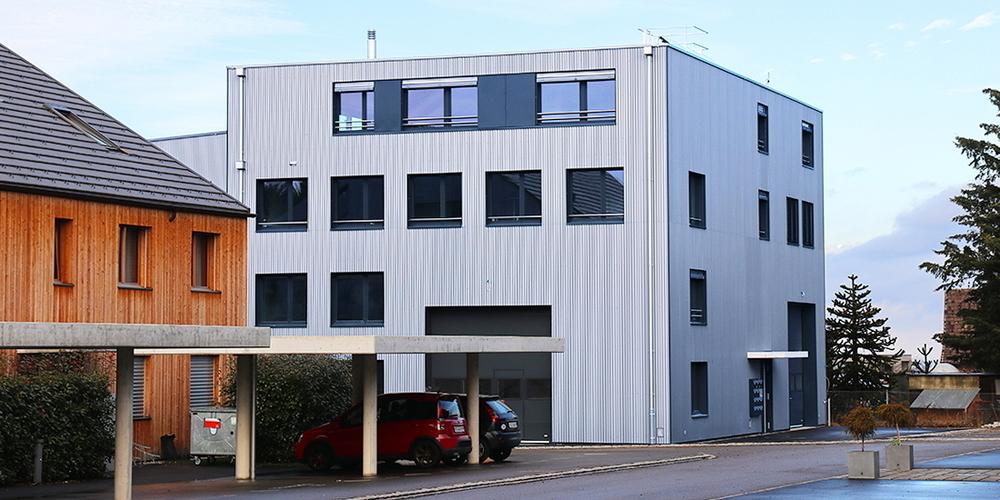 Um die neuen Projekte abzuwickeln und die Unternehmung auszubauen, bezieht Durot Electric ihren neuen Sitz im benachbarten Mörschwil.