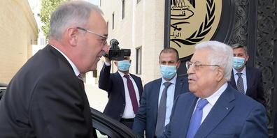 Bundespräsident Guy Parmelin beim Treffen mit Palästinenserpräsident Mahmud Abbas am Donnerstag.