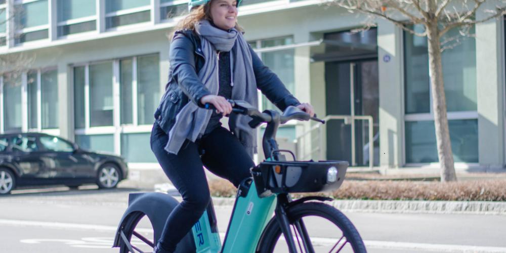 Apell an die Verkehrsteilnehmer mit Fahrrädern und E-Bikes. (Symbolbild)